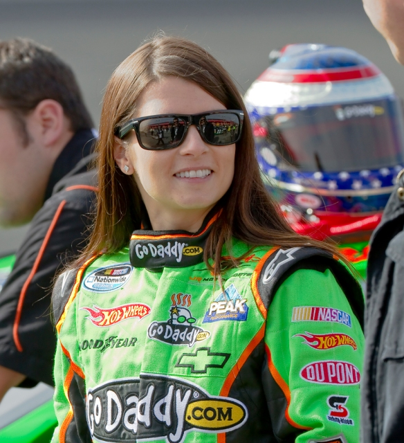 NASCAR:  FEB 20 Nationwide Series - Stater Bros 300